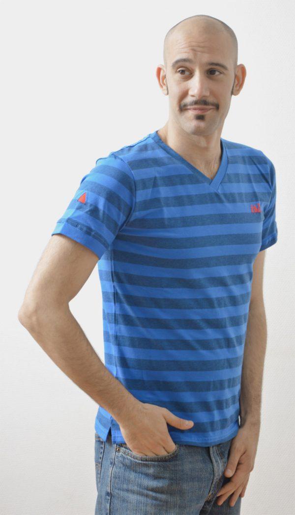 blue v-neck striped streetwear t-shirt