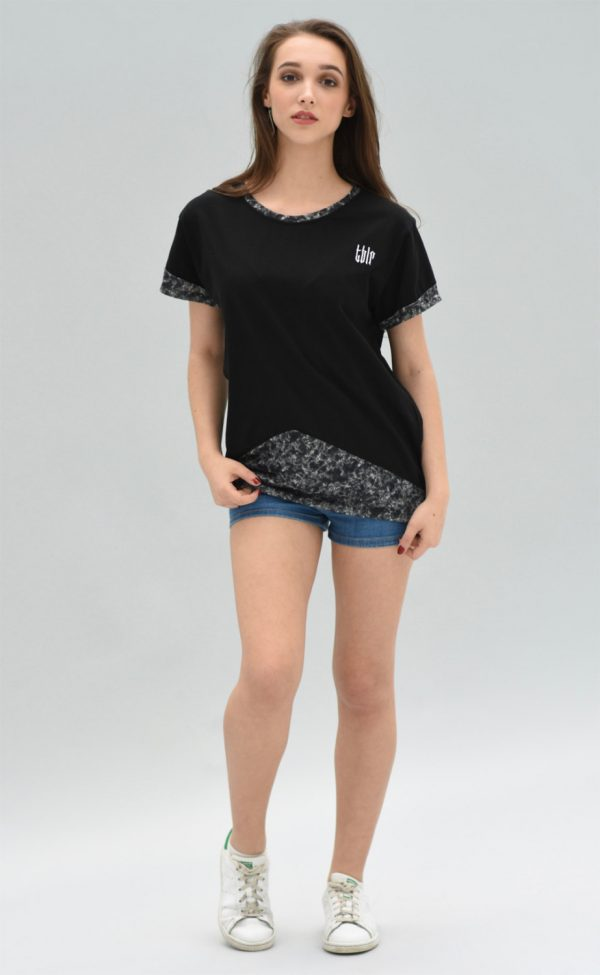 streetwear fashion tee for woman