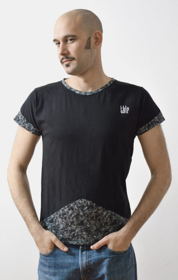 black streetwear t-shirt